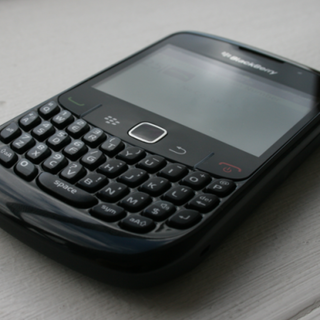 SIM-free BlackBerry Curve 8520 on pre-order for £239.95