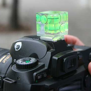 Camera Cube promises straight photos
