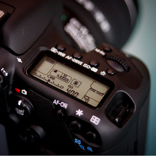 Canon 7D DSLR camera