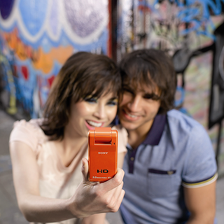 Sony releases MHS-PM1 Mobile HD Snap Camera
