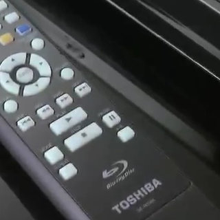 VIDEO: Toshiba BDX2000 Blu-ray player