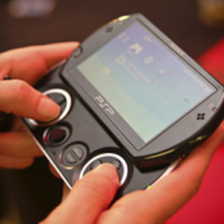Free game kick-start with the PSP Go