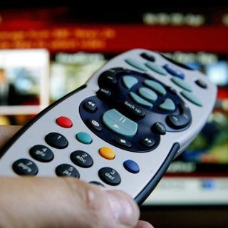 80% of UK televisions now digital