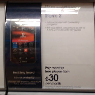 Vodafone to offer BlackBerry Storm 2 from £30
