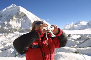 Pentax heads for heights of Everest