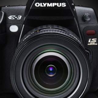 Olympus offers free FL-50R flash with E-3 DSLR