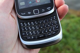 blackberry torch 9810 image 7
