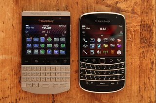 blackberry porsche design p 9981 image 11
