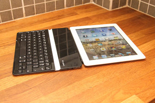 logitech ultrathin keyboard cover for ipad image 4