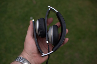 accutone pisces headphones image 3