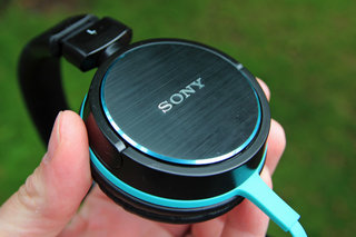 sony mdr zx600 headphones image 6