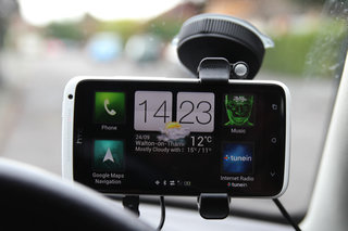 tomtom hands free car kit for smartphone image 9