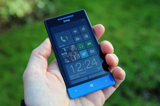 windows phone 8s by htc  image 2