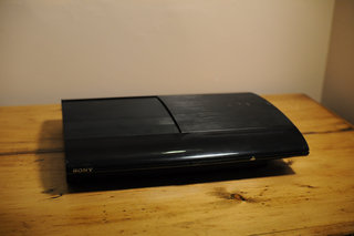 sony ps3 slim image 2