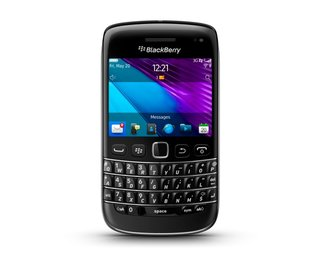 blackberry bold 9790 the new thinner bold image 2