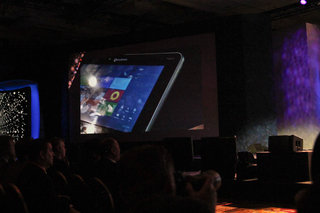 qualcomm demos windows 8 on snapdragon ready to take the fight to intel image 2