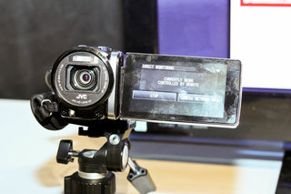 wi fi comes to jvc everio camcorders image 2