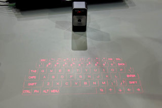 prodigy projection keyboard iphone case turns any surface into a keyboard image 5