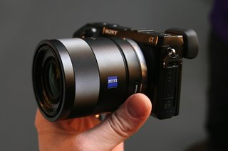 sony nex 7 18 55mm black kit coming at the end of february  image 6