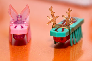 new hexbugs coming to expand creepy crawly robot range including zombies pictures  image 4