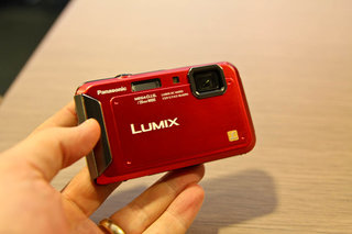 panasonic lumix dmc tz30 leads second wave of new cameras in time for ski season image 2