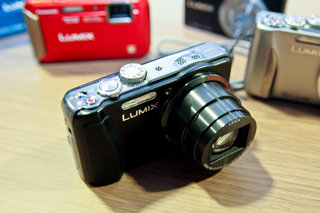 panasonic lumix dmc tz30 leads second wave of new cameras in time for ski season image 17