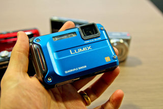 panasonic lumix dmc tz30 leads second wave of new cameras in time for ski season image 6