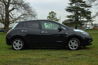 7 days living with the nissan leaf image 20