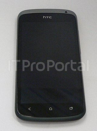 htc one x and htc one s pictured ahead of mwc launch image 4