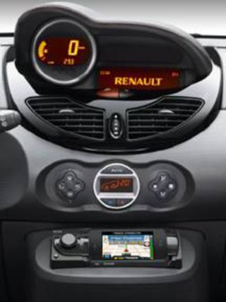 renault opts for iphone copilot live gps in new twingo image 3