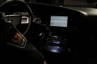 police in canada start using blackberry playbooks in their cars image 5