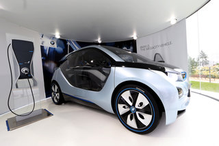 bmw i3 and i8 concept cars race into olympic park image 2