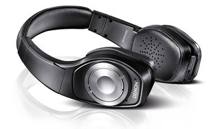 denon unveils new headphone line up with 1 000 headset image 5