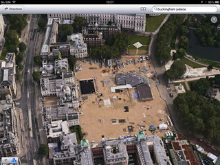 apple maps london easter eggs show the london halo olympics and samsung advert image 6