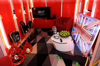 virgin media pimps out beach hut to be gadget lovers dream holiday destination image 6
