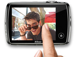 nikon coolpix s01 the mini compact camera smaller than your phone image 2