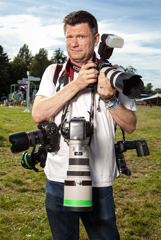 what does it take to photograph the v festival 12 dslrs and 100gb for starters image 2
