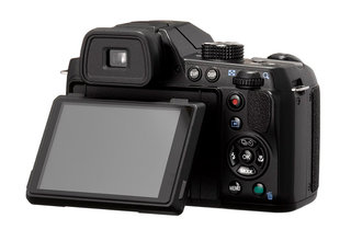 pentax x 5 superzoom unveiled packs in 26x optical zoom image 2