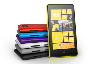 nokia lumia 820 windows phone 8 smartphone becomes official image 2