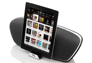 jbl onbeat venue wireless speaker turns your ipad into a home entertainment system image 2