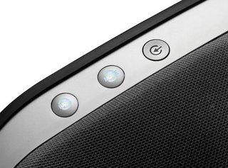 jbl onbeat venue wireless speaker turns your ipad into a home entertainment system image 4