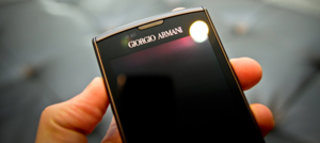 samsung giorgio armani galaxy s hands on image 3
