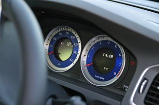 volvo v60 r design 2011 hands on image 17