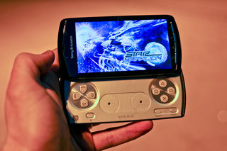 sony ericsson xperia play the first five games image 2