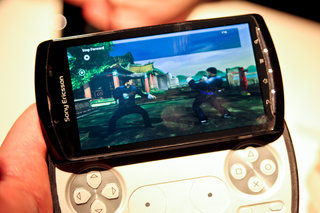 sony ericsson xperia play the first five games image 5