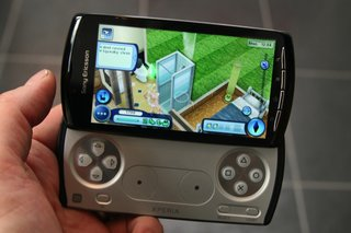 sony ericsson xperia play the games  image 10
