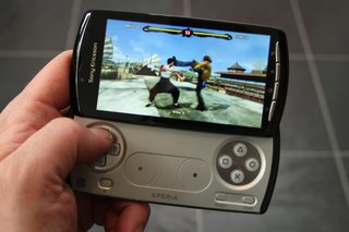 sony ericsson xperia play the games  image 7