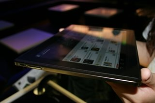 asus eee pad transformer priced and dated we go hands on image 23