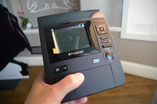 polaroid z340 camera hands on image 3