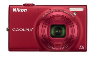 nikon s range headed up by the 3d shooting coolpix s100 image 3